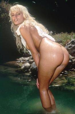 Anita Blond, Wild Girl-7