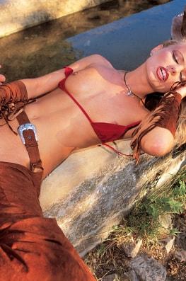 Dora Venter, Untameable Beauty-8