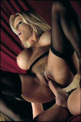 Jill Kelly, Dancing with the Bomb-6