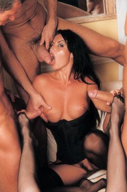 Laura Angel & Fovea, Perverted Godesses-3