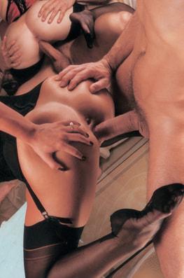 Laura Angel & Fovea, Perverted Godesses-6