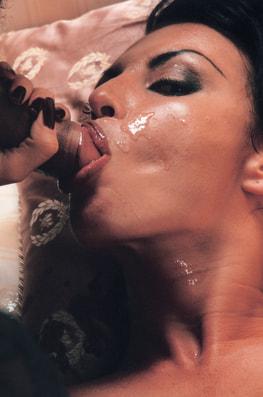 Laura Angel & Fovea, Perverted Godesses-11