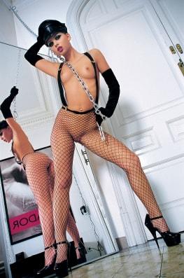 Cristina Bella, Matador-0