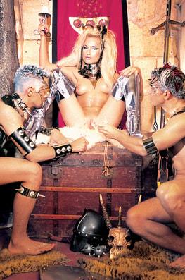 The Legend of Angela Crystal-2