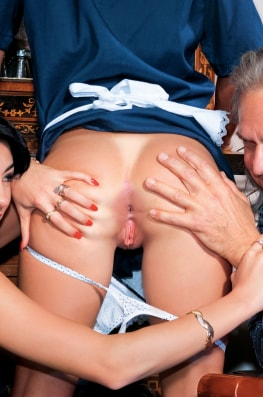 Jessica Ross, the Waitress, Sofia Gucci & the Old Man-1