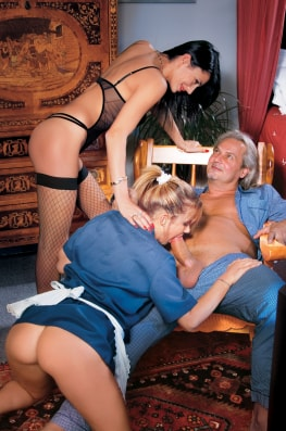 Jessica Ross, the Waitress, Sofia Gucci & the Old Man-3