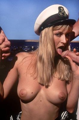 Laura Palmer, Born to Fuck-2