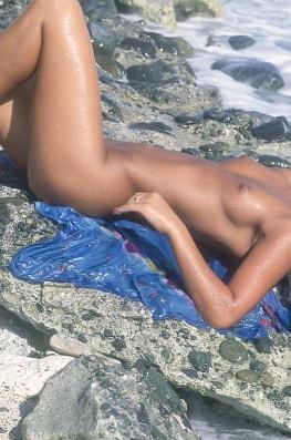 Zana Sun, Asian Bitch in the Beach-2