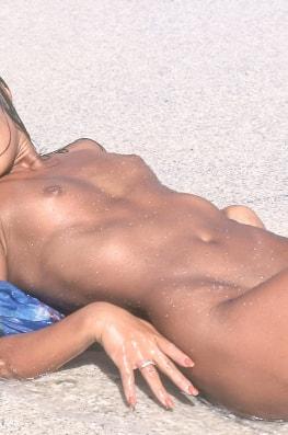 Zana Sun, Asian Bitch in the Beach-8