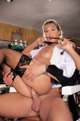 Nikki Montana, Hairdresser for Adults Only-6